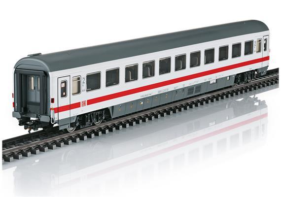 DB IC Personenwagen 2. Klasse mit Innenbeleuchtung